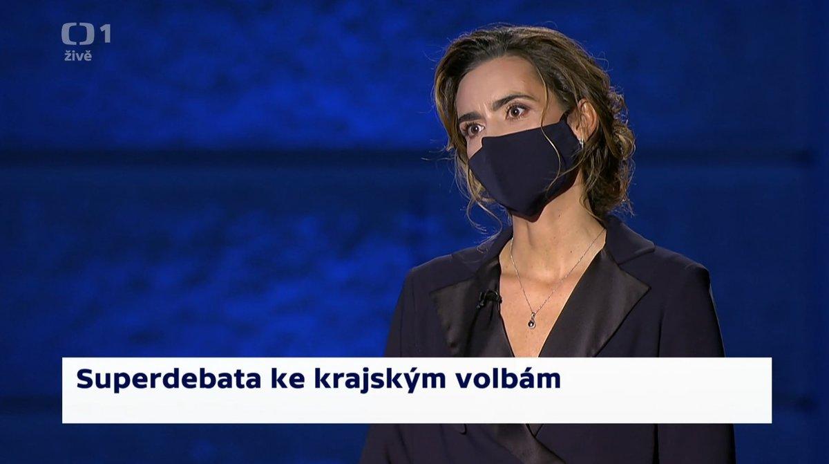 Předvolební superdebatu České televize moderovala Daniela Písařovicová.