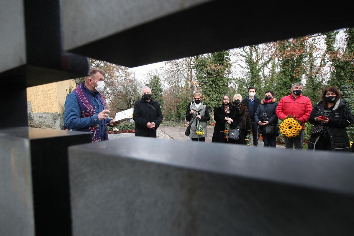 Pohřeb Evy Pilarové: Smuteční hosté