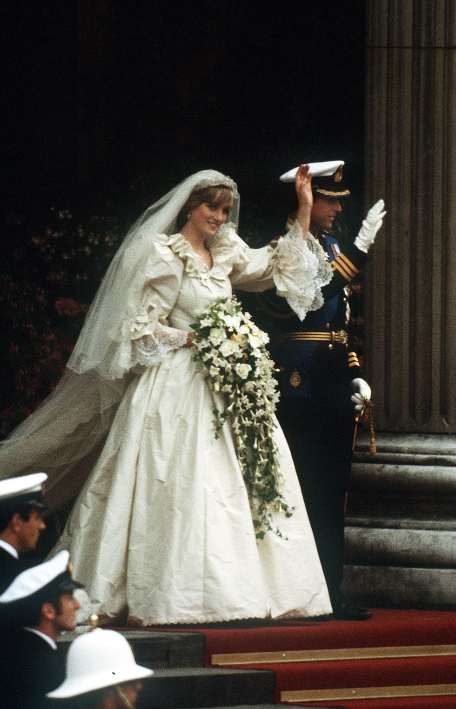Princ Charles a princezna Diana během jejich svatebního dne v St Pauls Cathedral 29. července 1981