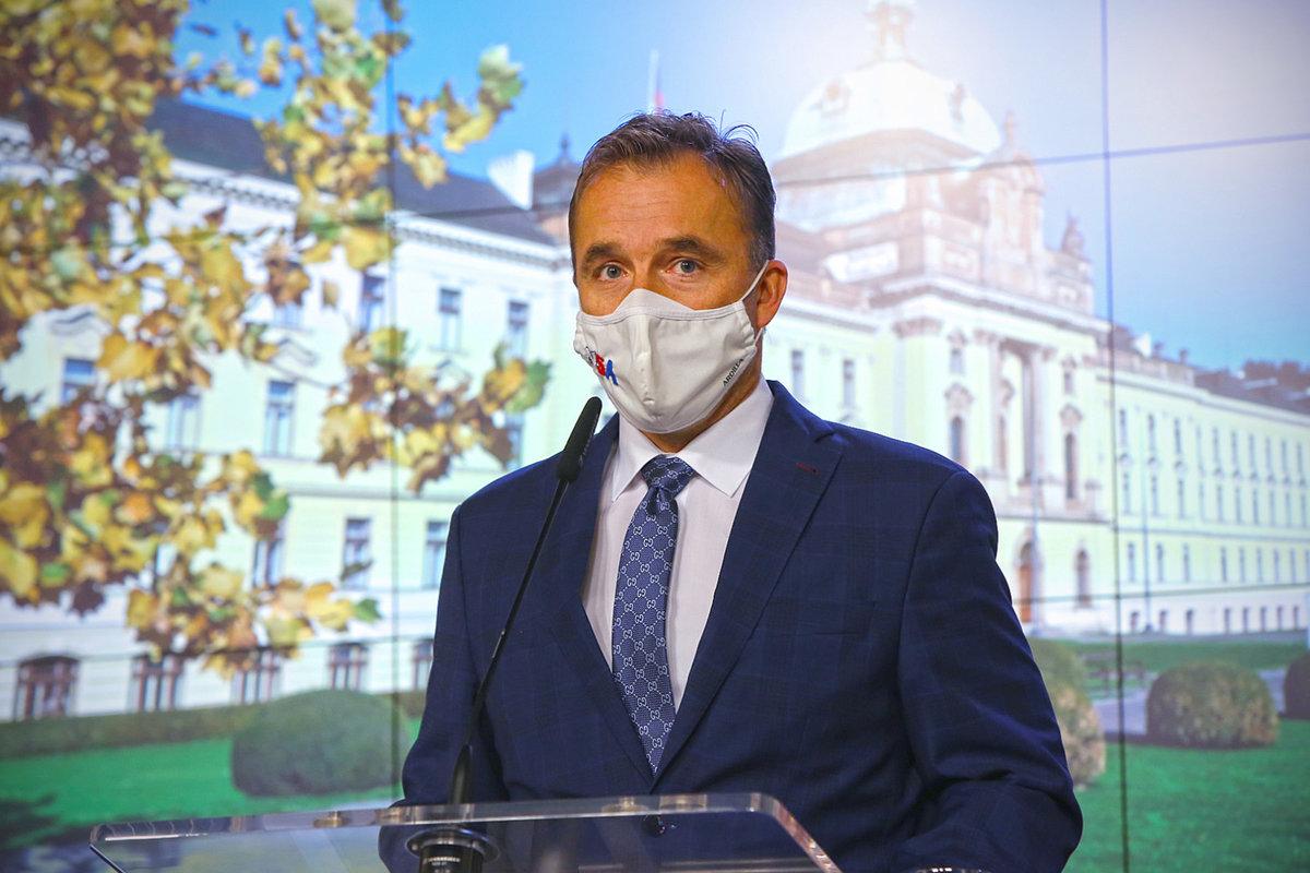 Tiskovka po jednání vlády: Milan Hnilička, šéf sportovní agentury