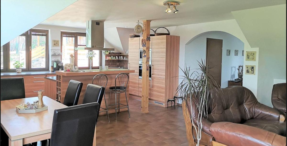 Kuchyň v již prodaném domě Věry Špinarové.