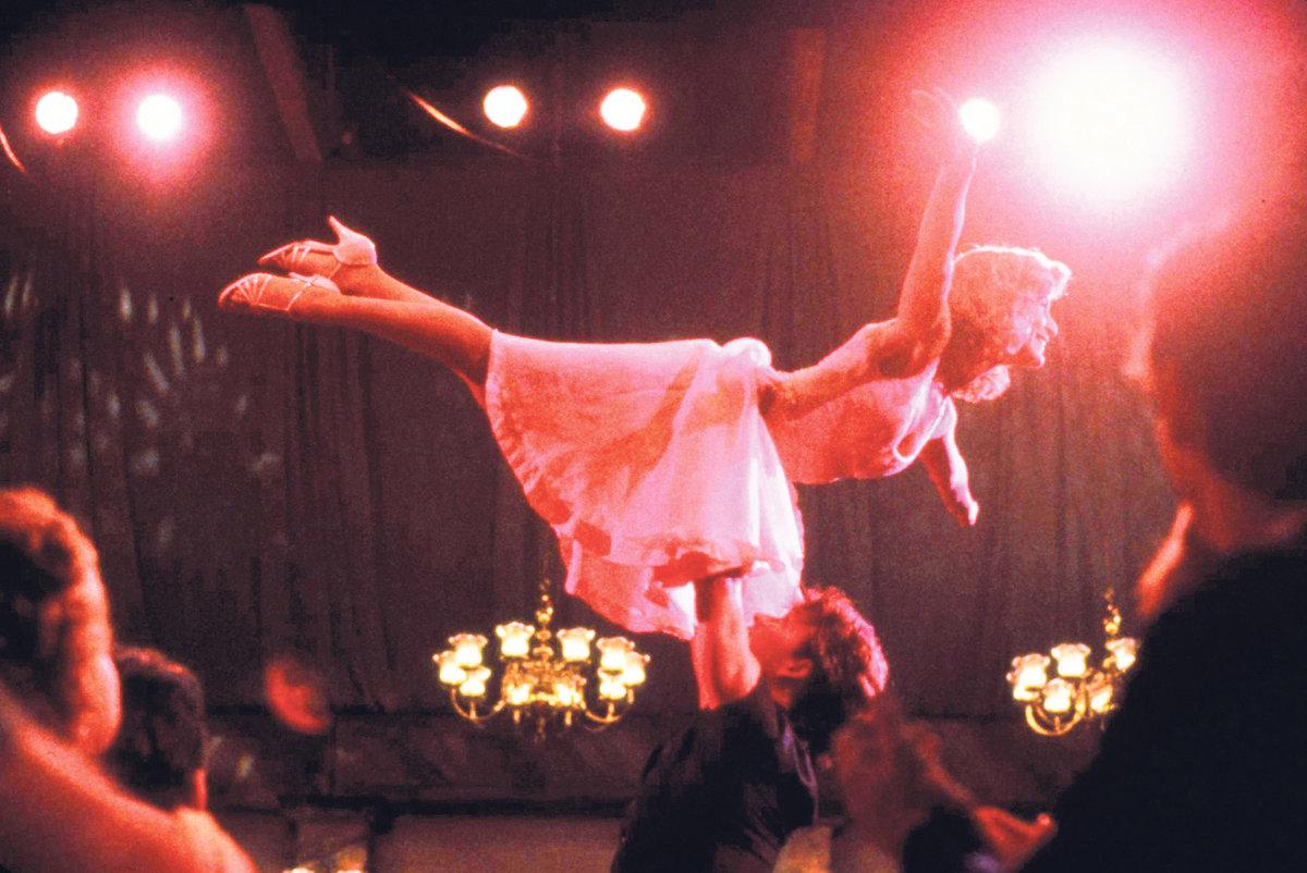 Baby při zvedačce s Patrickem Swayzem v Hříšném tanci