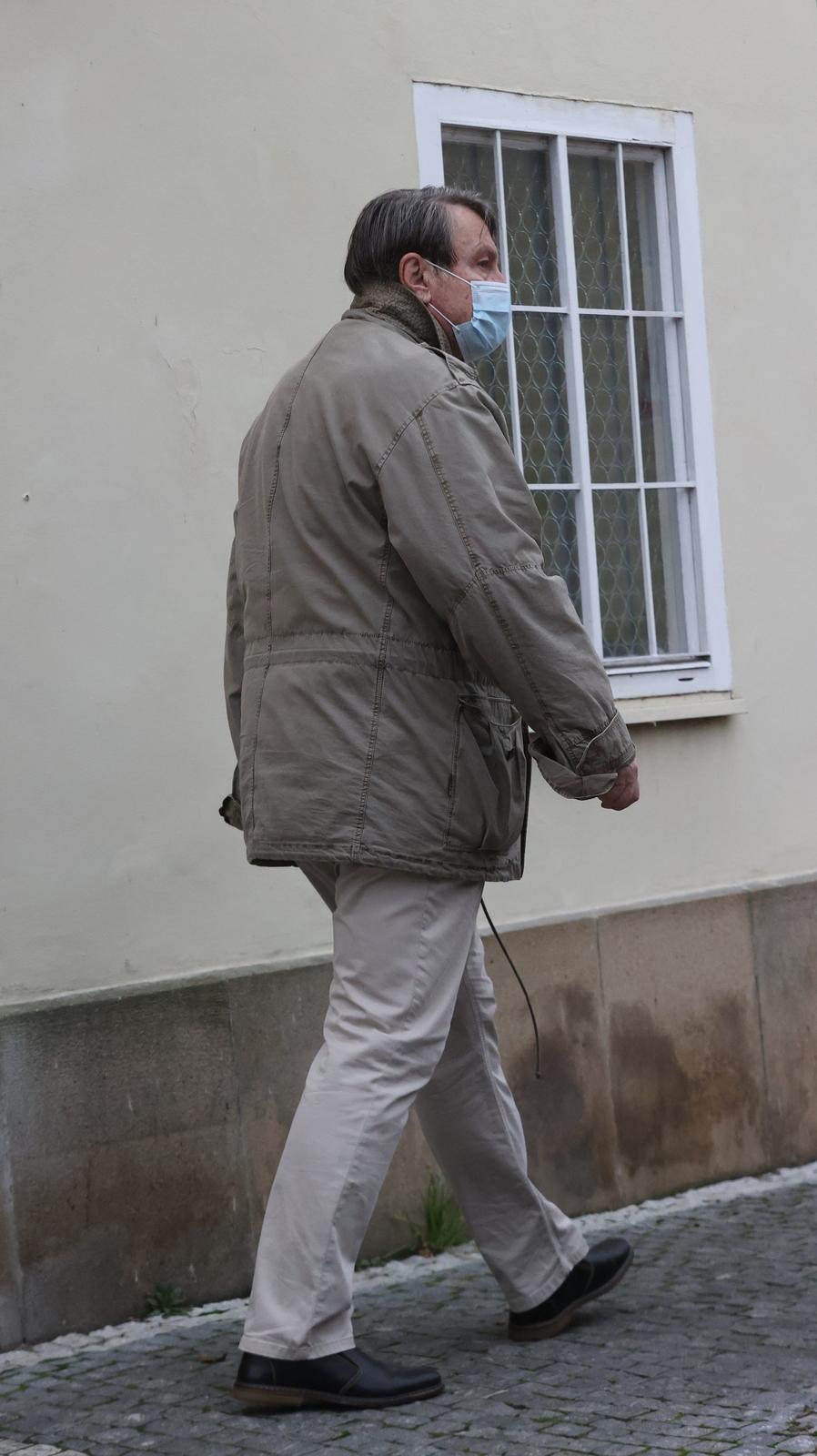12. 11. 2020, 14:10 hod., Praha: Poslední fotky Ladislava Štaidla