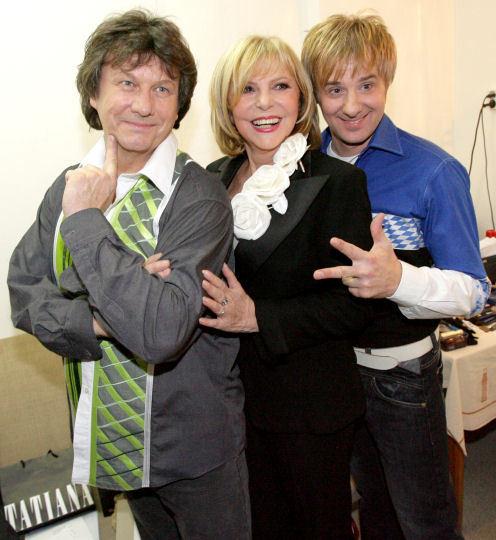 Kdysi hvězdné trio Hana Zagorová, Stanislav Hložek (vlevo) a Petr Kotvald se sešlo po deseti letech ke společnému koncertu. Začátkem prosince takto už vystoupili na Slovensku v Bratislavě.