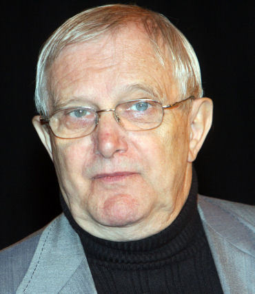 Jiří Suchý nechápe, jak si mohl jeho bývalý kolega vymyslet neskutečné lži.