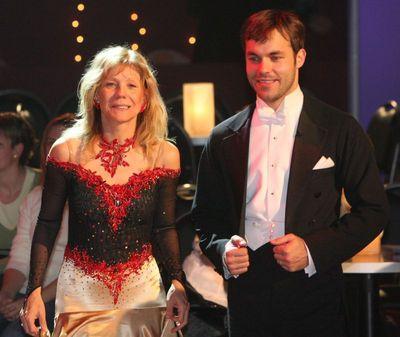 Vyčerpaná Lenka Filipová s tanečním partnerem Michaelem Petrem byli nakonec rádi, že vypadli.