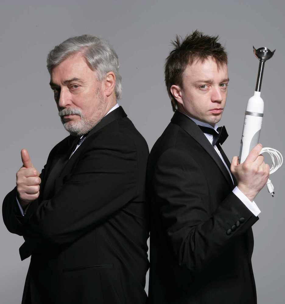 Jan Rosák (vlevo) bude v novém televizním po-řadu asistovat kuchtíkovi Michalu Nikodemovi.