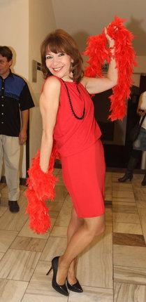 Míša Dolinová během slavnostního večera zazpívala písničku z Muzikálu Chicago.