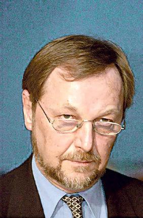 Slavomír Hubálek Zemřel náhle v březnu minulého roku v 65 letech. Příčinou byl pravděpodobně infarkt. Hubálek je tvůrcem českého modelu ústavní léčby sexuálních deviantů. Jako soudní znalec vyslechl v Česku nejvíce vrahů.