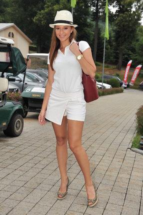 Inna Puhajková (29) si může kraťoučké šortky dovolit.