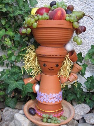 Z květináčů můžete vyrobit i misky na sezónní ovoce.
