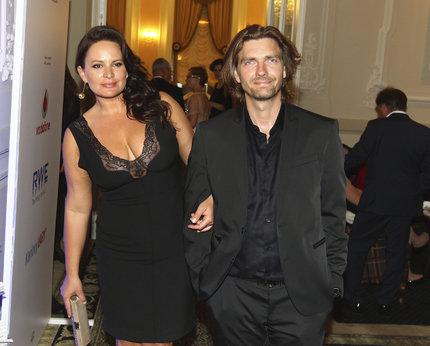 S tanečníkem Petrem Čadkem jsou manželé od září 2011.