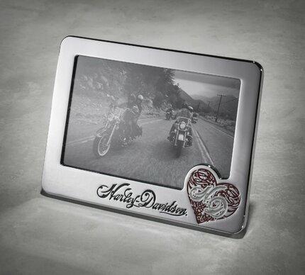 Kovový fotorámeček, Harley-Davidson, 499 Kč.