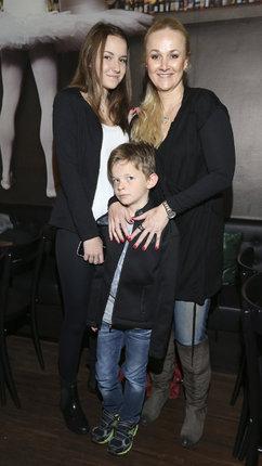 Linda s dcerou Viktorií a synem Matyášem, kterému bude v létě osm let.