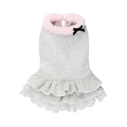 Šaty Coco Knitted Pretty, www.pejsek-in.cz, 940 Kč.