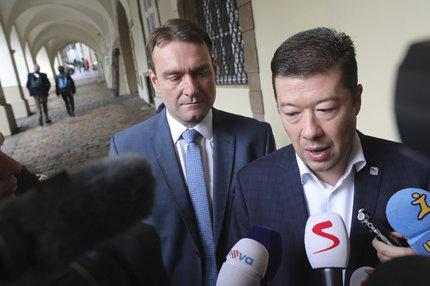 Zástupci SPD Okamura a Fiala vyrazili na jednání s ANO