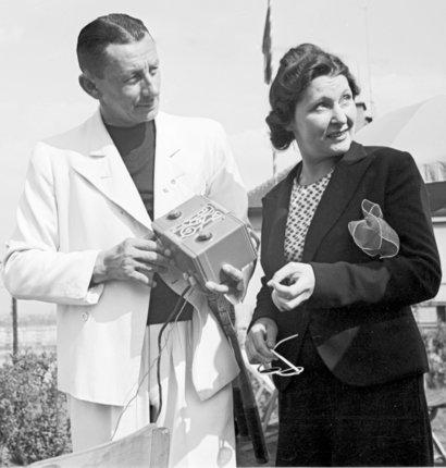 Vlasta Burian s manželkou