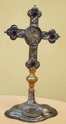 Ukradl kříž s ostatky světce