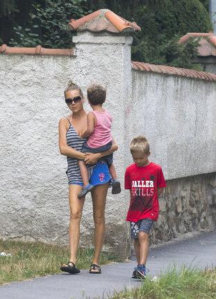 Lucie Vondráčková se syny