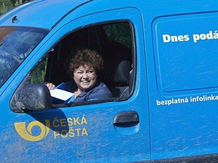 V seriálu Policie Modrava jako pošťačka