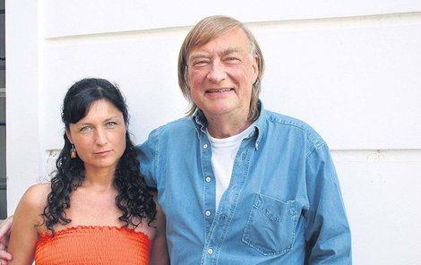 O režisérovu životosprávu se stará jeho manželka Simona Chytrová.