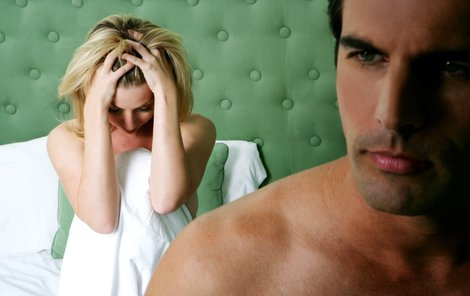 Žena je nešťastná, manžel se nemyje.