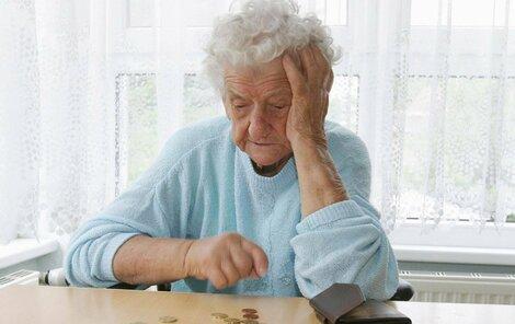 Lednovým zvýšením penze senioři příliš nezbohatnou.
