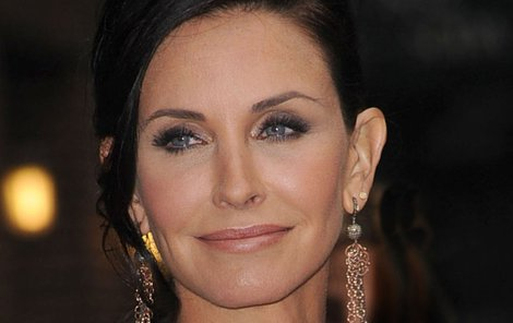 Courteney Cox proslavila role Monicy z Přátel.