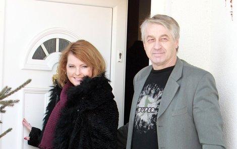Josef Rychtář s Ivetou Bartošovou