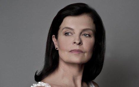 Jana Krausová si myslí, že českému filmu chybí nové tváře.