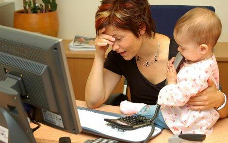 Změna se týká maminek, které mají přiznaný příspěvek před lednem 2012.