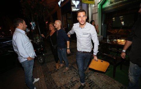 """Leoši Marešovi (36)  """"Aby v noci do Aha! nemuseli volat návštěvníci barů, že ho tam zase někdo mlátí."""""""