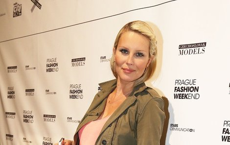 Simona Krainová bude brzy maminkou