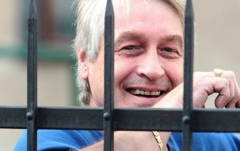 Josef Rychtář už za mřížemi jednou byl. Teď téměř jistě spravedlnosti neunikne a posedí si znovu!