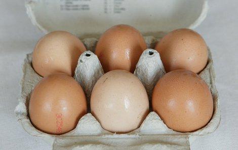 Přímo na vajíčku najdete označení země původu, na obalech nikoliv.