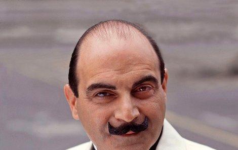 David Suchet jako Hercule Poirot.