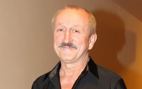 Oldřich Navrátil bere seriály jako dobré živobytí.