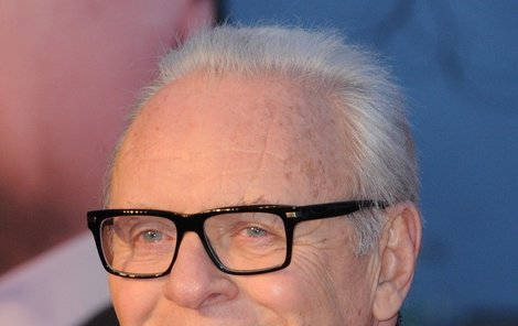 Sir Anthony Hopkins na premiéře filmu  Hitchcock