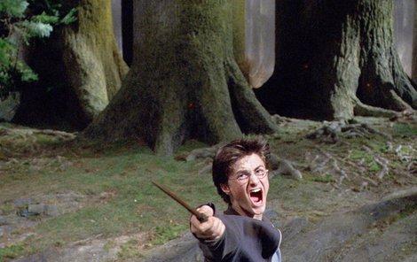 Daniel Radcliffe nemá o přítelkyně nouzi..