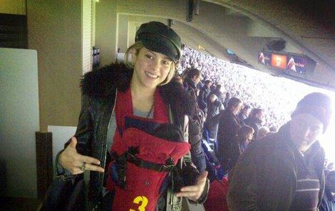 Shakira se synkem Milanem ve vaku s tátovým číslem 3.