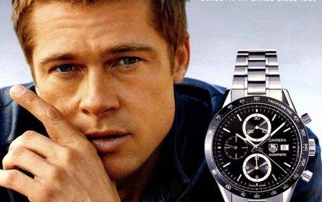 Brad Pitt v reklamě na hodinky.