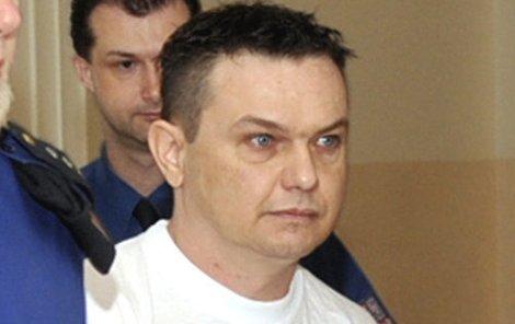 Petr Gola si ve vězení odsedí 22 let.