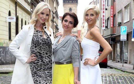 Nové reportérky TV Barrandov: Tereza Jemelíková, Eva Skalická, Mirka Dvořáková (zleva).