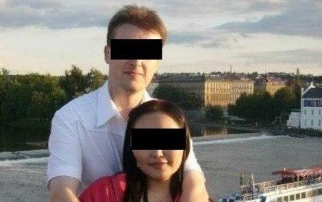 Daniel se svou manželkou Gandiimaaou.
