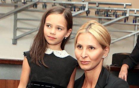Charlottka přišla na zkoušku se svojí maminkou Ivanou.