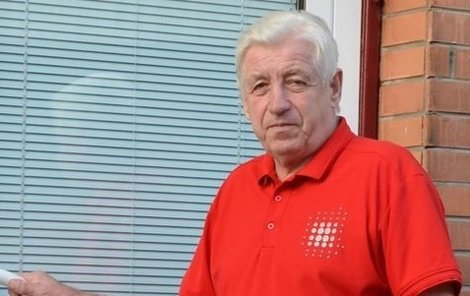 Jan Březík (70) je po otravě metanolem bez následků.