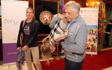 Jiří Menzel a Olga Menzelová
