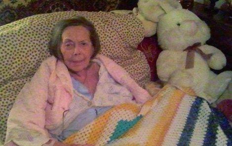 Šírová si nemocnou herečku několikrát vyfotila. Snímky teď ve své knize zveřejnila.