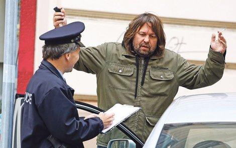 Jiří Pomeje má důvod se domnívat, že opakovaný pokus o vykradení auta není náhodný.