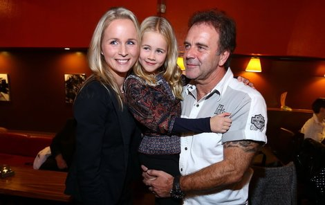 Jakub Smolík s rodinou